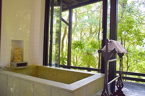 ホテル四季の蔵 離れ家リスの庭