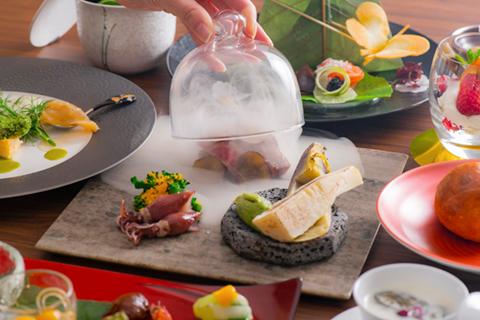 THE SCENE hamanakoのお食事